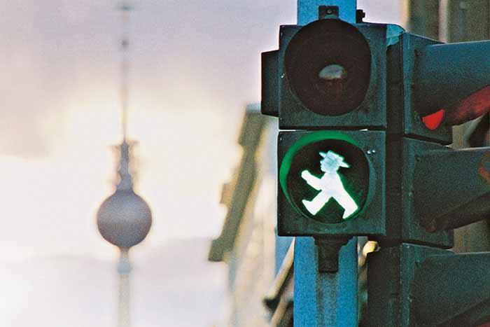 Traffic light in east berlin